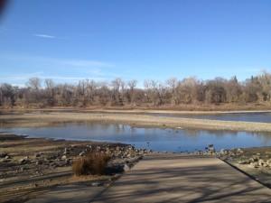 American River, Watt Ave, drought, Jan 21, 2014